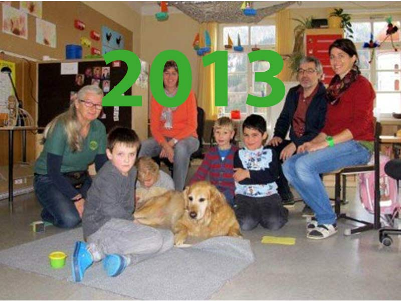 Therapiehund in Sonderschule
