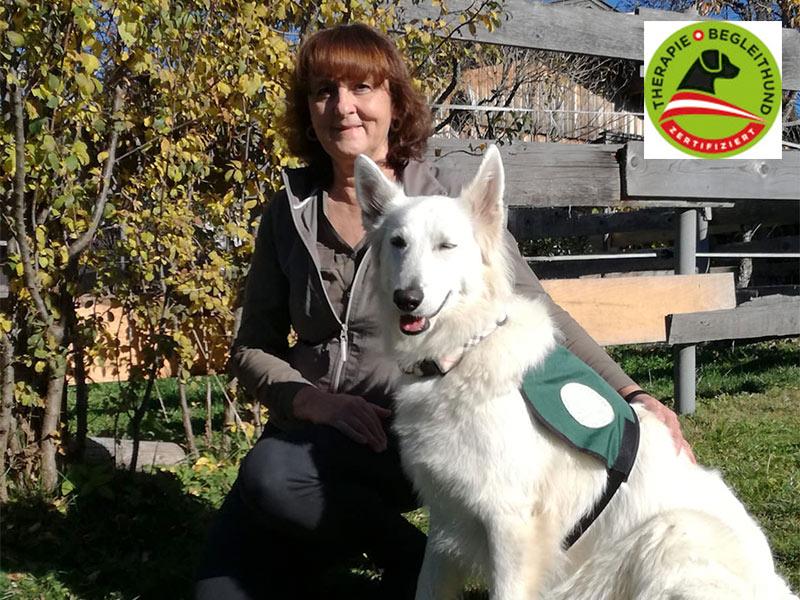 Barbara Kogler mit Inka