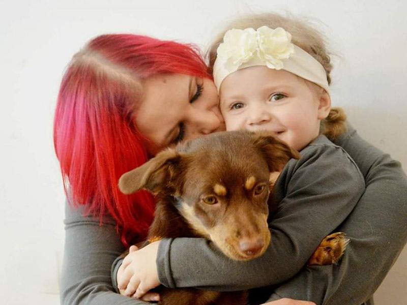 zertifiziertes Therapiehundeteam Michelle mit Krümmel